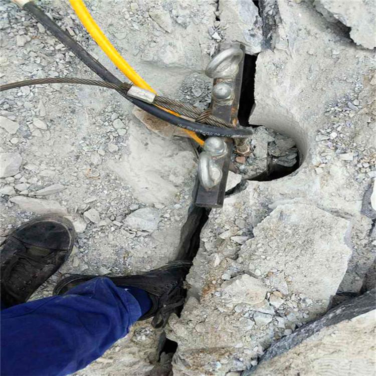 遂宁市挖沟渠破除硬石头设备