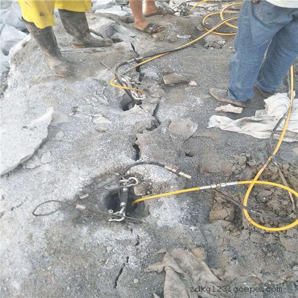 海南:矿山挖机开采不出料怎么办开山机出租