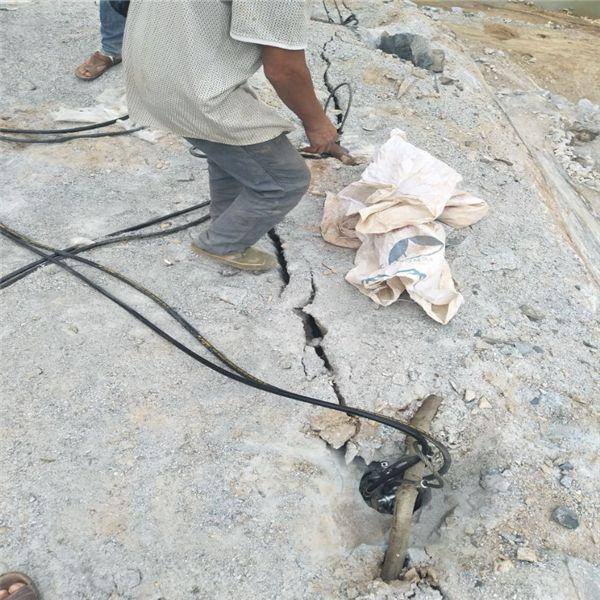 洛阳:竖井开挖用哪些设备石英石开采