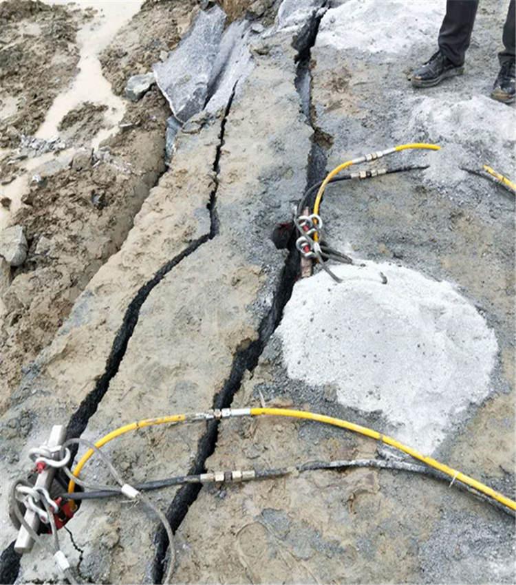 洛阳市:矿山开采代替放炮破石头设备成本变低