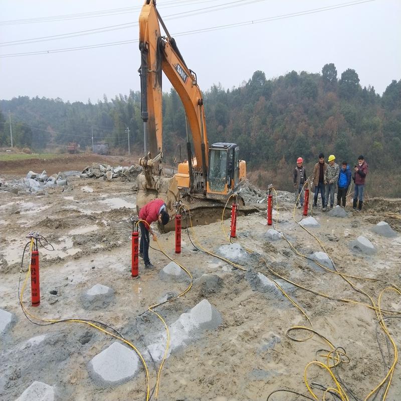 辽宁:基础开挖设备板岩太硬