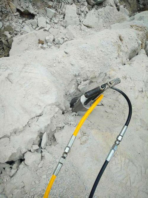 东营市剥离分石机采石机简单快捷低损耗