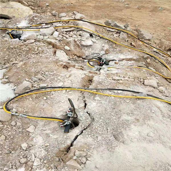 六安金安地基石头破碎岩石现场调试