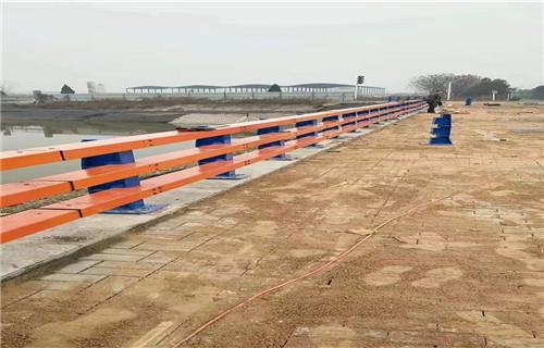 湖南桥梁不锈钢复合管立柱2019价格