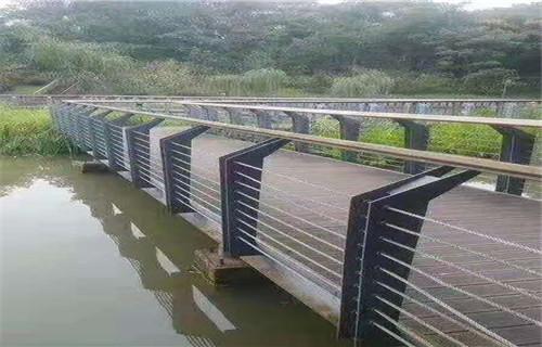 山南市不锈钢桥梁护栏公司