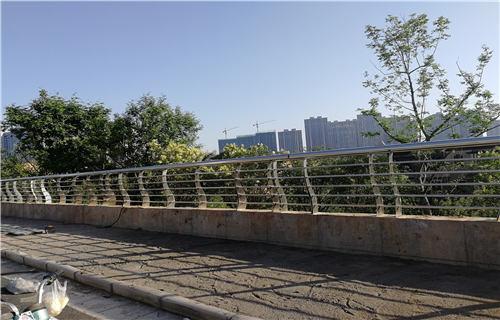 湖南桥梁护栏经久耐用