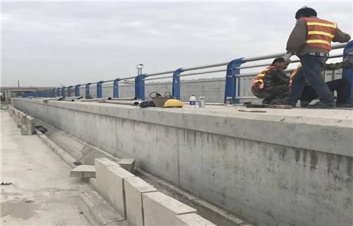辽宁桥梁防撞护栏国标尺寸