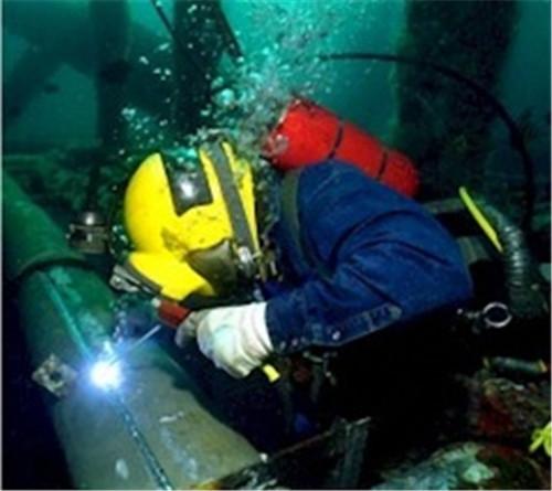 在攀枝花做水下倒虹管安装的施工队
