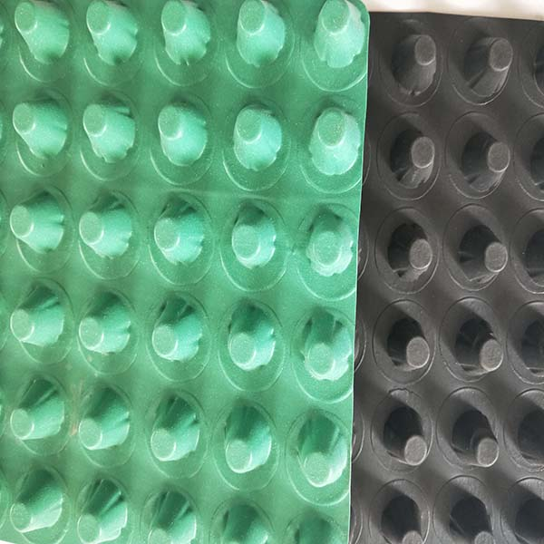 海东(复合排水板)安装施工