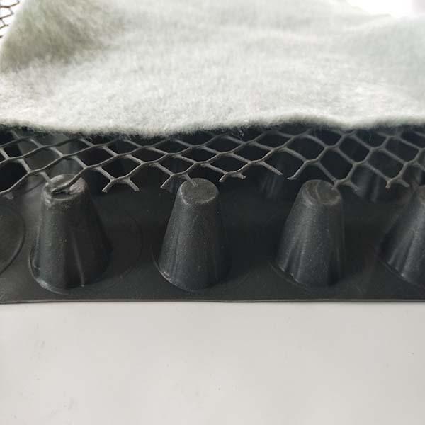 新疆(复合排水板)安装施工