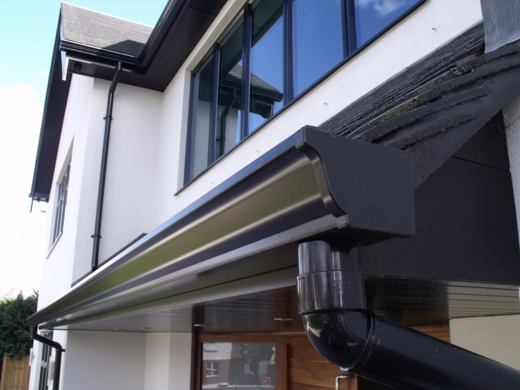 临沂项目檐口天沟测量安装