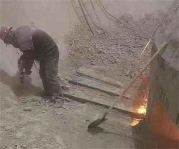 西宁混凝土结构水泥库堵塞清理公司