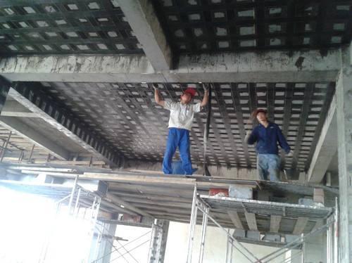 安庆柱子加固:碳纤维板