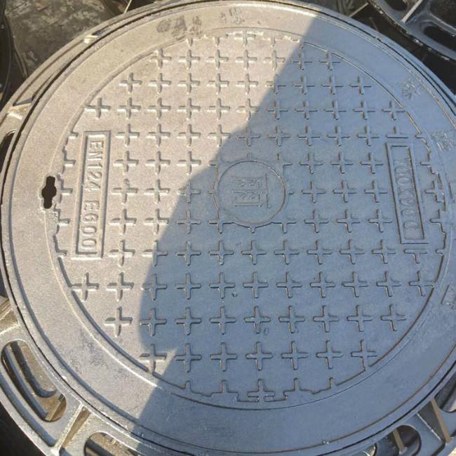 临沂防沉降球墨铸铁井盖                         树脂复合沟盖板专业快速