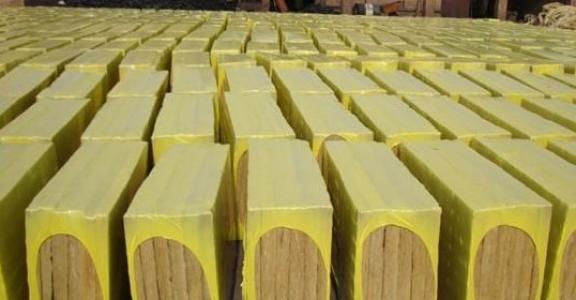 张家界砂浆纸岩棉保温板现货供应节能环保