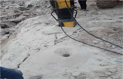 公司直销破石工具劈裂机劈裂棒劈裂器......池州市