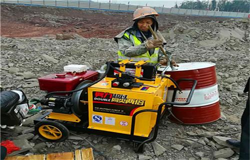 黑龙江省洞采矿石设备适合用小型采矿机
