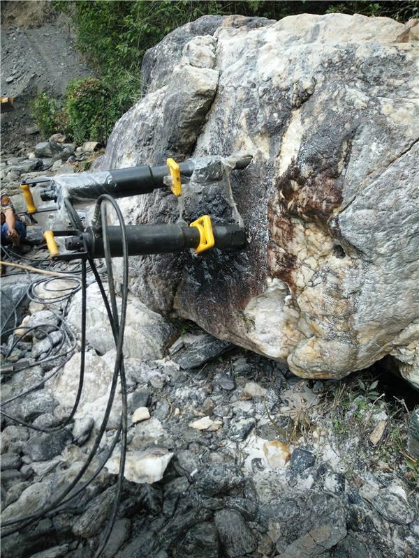 青海西宁城市根基开采岩石势裂机