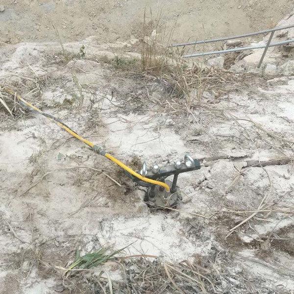 西藏省隧道开挖愚公斧劈裂棒终身保修