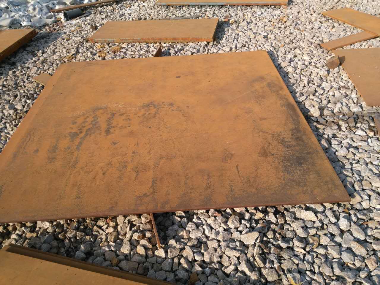 内江舞钢耐磨NM500钢板切割厂家