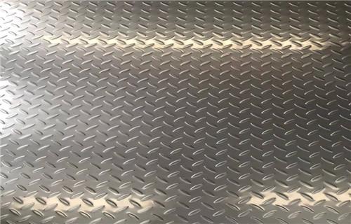 佛山花纹不锈钢多少钱一吨