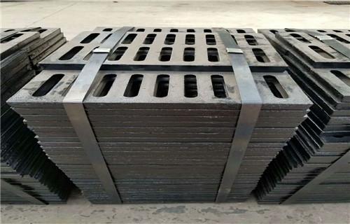 长沙球墨铸铁井盖700*700D400重型井盖