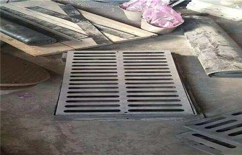 东营球墨铸铁井盖生产标准D400重型井盖