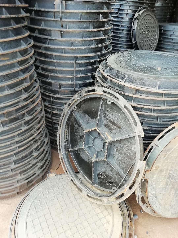 安庆球墨铸铁井盖生产标准C250轻型井盖