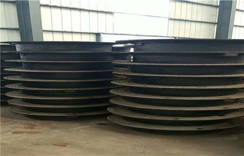 江西球墨铸铁井盖700*700D400重型井盖