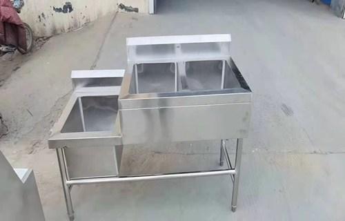 德州源头工厂批发不锈钢小便池