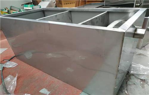 驻马店源头工厂定做不锈钢油水分离器