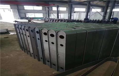 惠州护栏厂-专业生产加工钢结构桥梁护栏