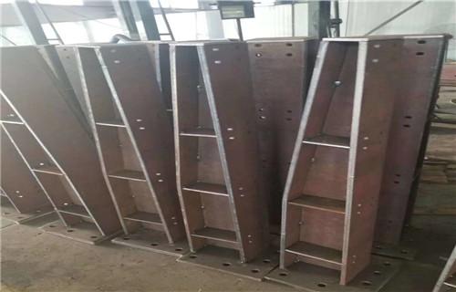 开封护栏厂-多种款式定制防撞钢板护栏立柱