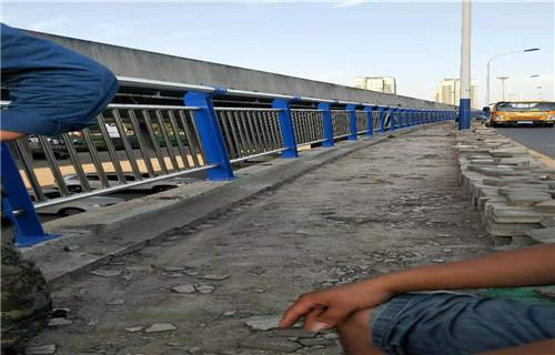 厦门护栏厂-定尺加工桥梁河道防撞护栏