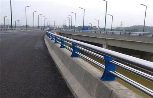 山东防撞护栏用201不锈钢复合管国标规格价格