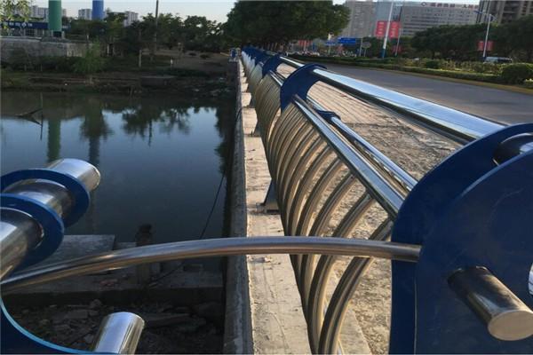 洛阳桥梁防撞护栏来图定做-免费出样