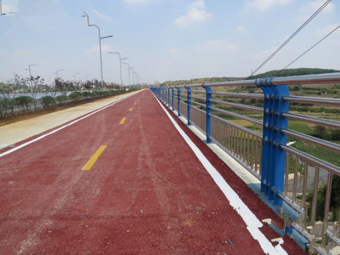 广东龙门304不锈钢复合管栏杆