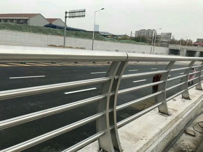 惠州不锈钢复合管景观护栏