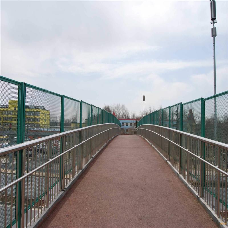 福建省莆田不锈钢碳素钢复合管护栏哪家质量好