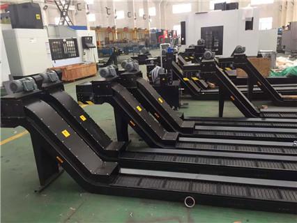 辽宁小巨人机床QT200/500U输送排屑机生产厂家