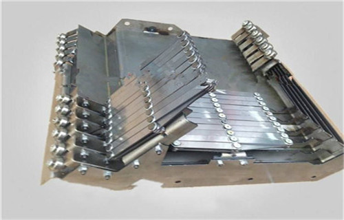黔西南德玛吉DMC55H加工中心不锈钢板防护罩公司
