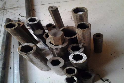 海南镀锌矩形方管现货厂家