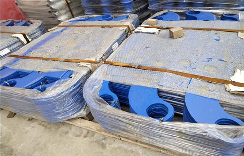 库存:厦门不锈钢复合管栏杆批发价格