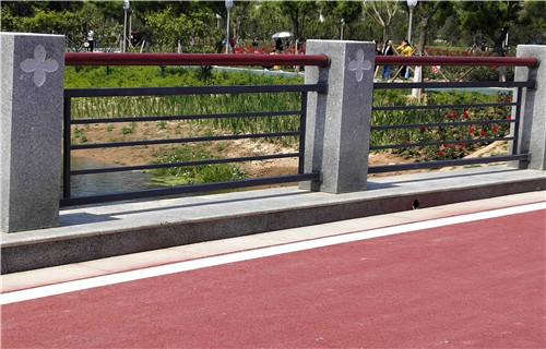 厂家批发:池州201不锈钢复合管护栏精工制造厂商