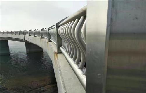 怀化桥梁护栏立柱板生产快速化