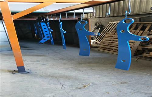 惠州桥梁钢板立柱喷塑厂家现货