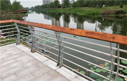 黔西南防撞桥梁护栏质量好
