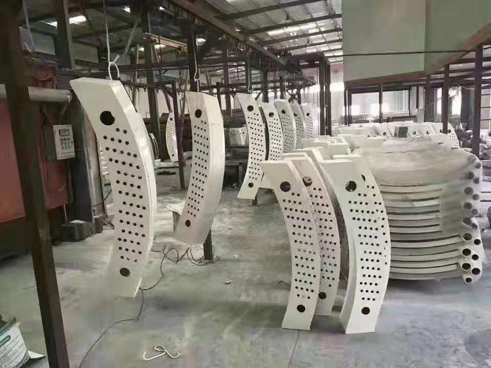 安庆304不锈钢道路护栏生产厂家
