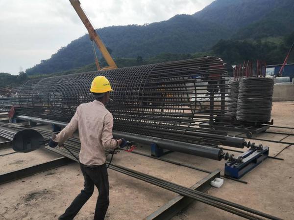 河北省廊坊市钢筋笼缠绕机好河南创优机械设备