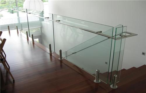 安徽阳台玻璃栏杆质量保证